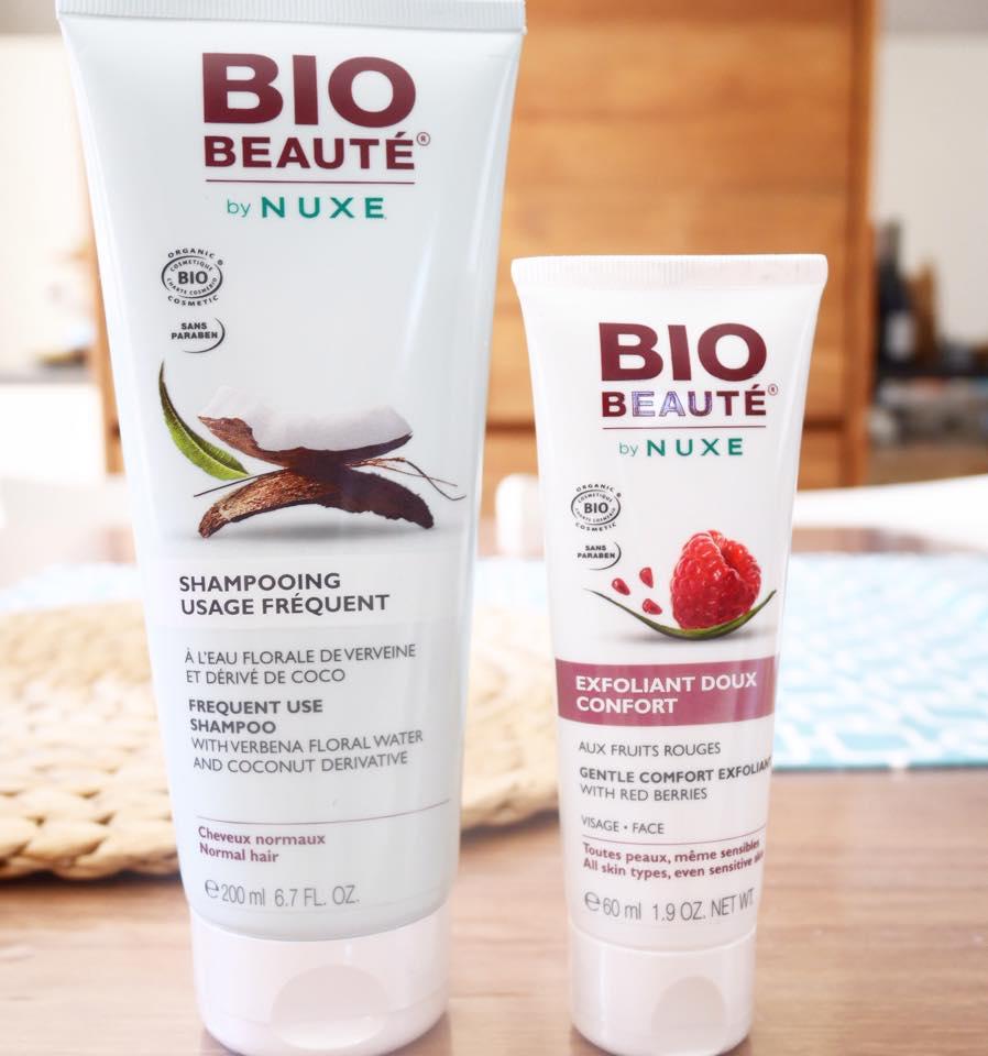 Le shampoing à la coco et l'exfoliant douceur