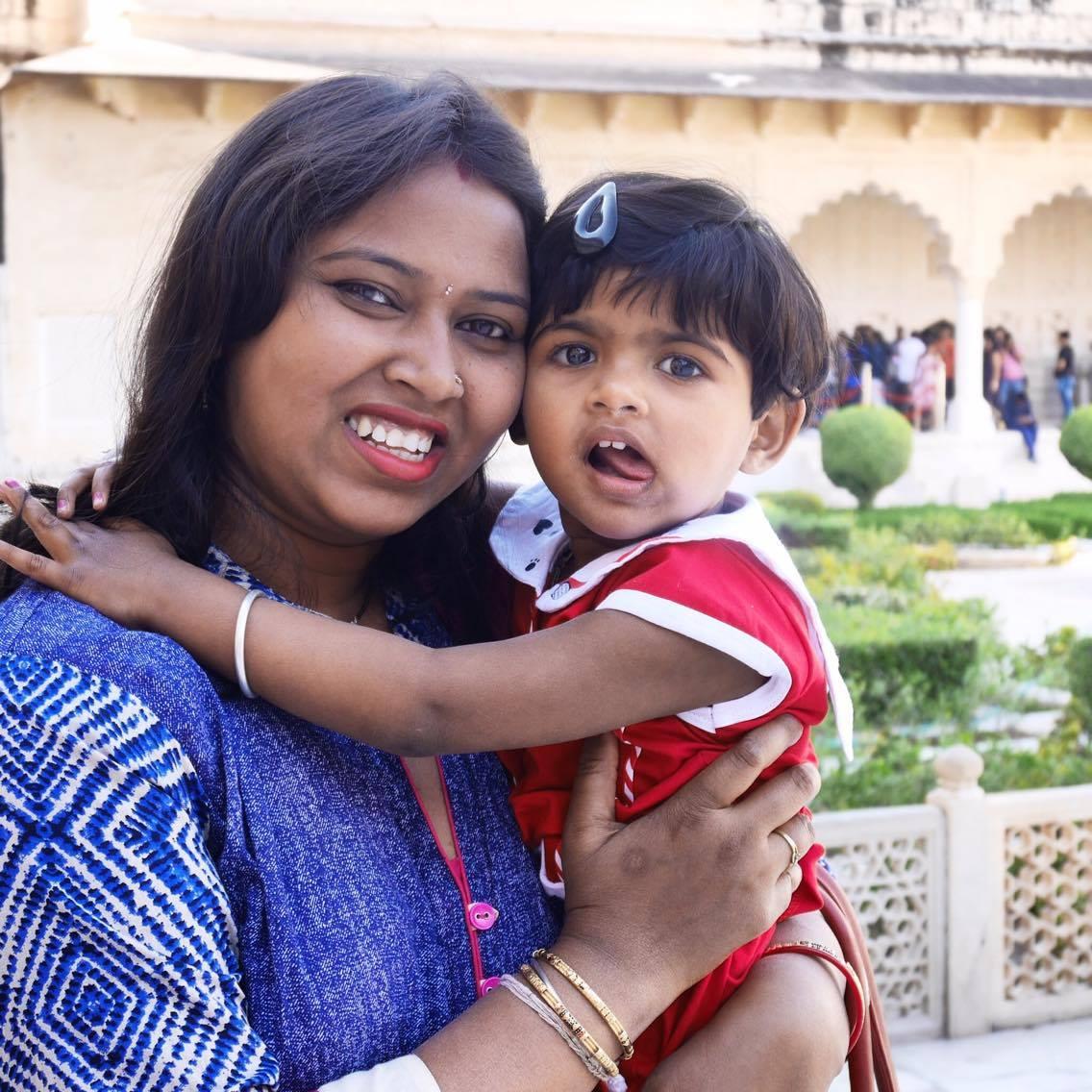 Une femme et son enfant India